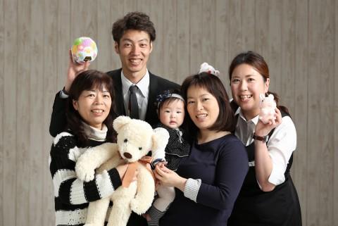 熊本 写真 堤写真館 赤ちゃん ハーフバースデー 記念 祝い みんな撮り